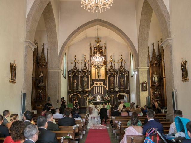 La boda de Alberto y Simona en Ferrol, A Coruña 19