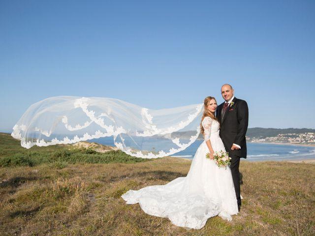 La boda de Alberto y Simona en Ferrol, A Coruña 1
