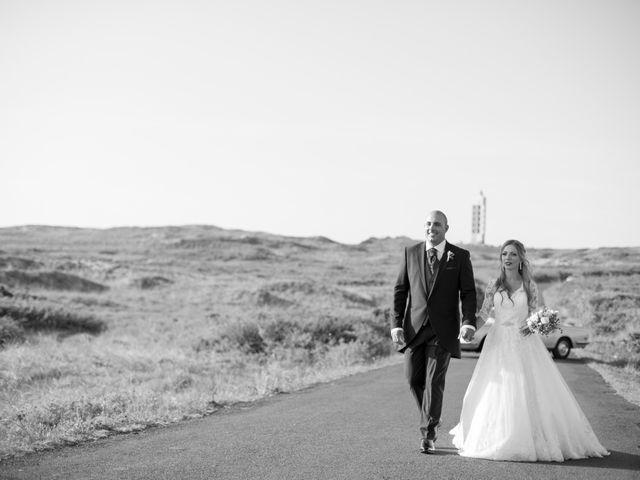 La boda de Alberto y Simona en Ferrol, A Coruña 23