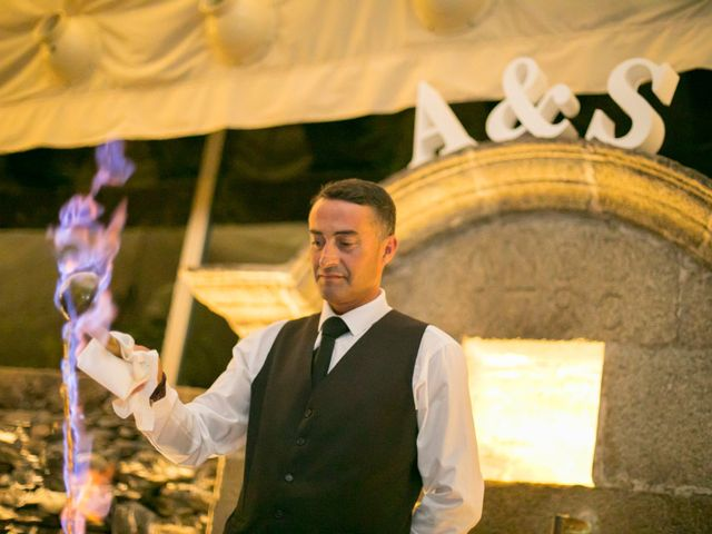 La boda de Alberto y Simona en Ferrol, A Coruña 26