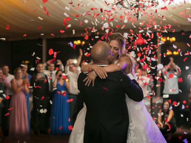 La boda de Alberto y Simona en Ferrol, A Coruña 27