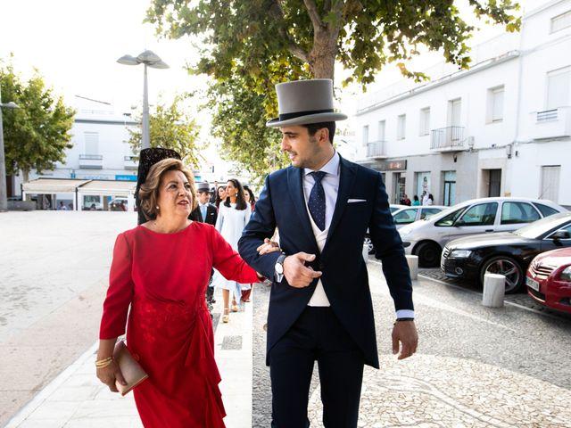 La boda de Mercedes y Jesús en Villafranca De Los Barros, Badajoz 21