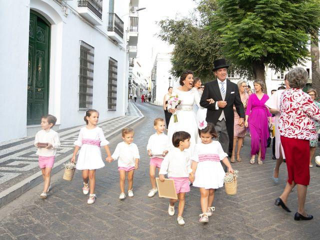 La boda de Mercedes y Jesús en Villafranca De Los Barros, Badajoz 23