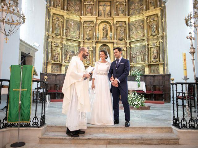 La boda de Mercedes y Jesús en Villafranca De Los Barros, Badajoz 28