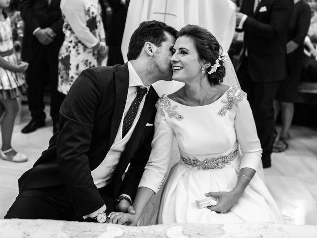 La boda de Mercedes y Jesús en Villafranca De Los Barros, Badajoz 32