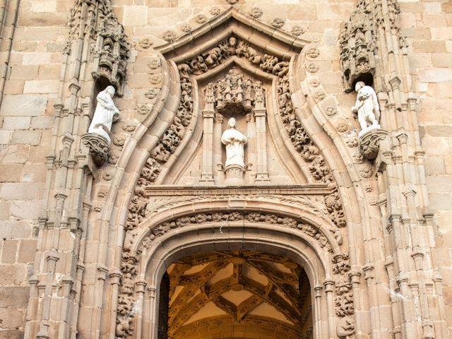 La boda de Mercedes y Jesús en Villafranca De Los Barros, Badajoz 40