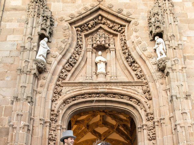 La boda de Mercedes y Jesús en Villafranca De Los Barros, Badajoz 41