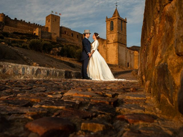La boda de Mercedes y Jesús en Villafranca De Los Barros, Badajoz 47