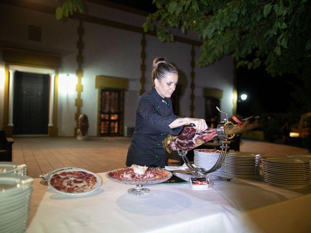 La boda de Mercedes y Jesús en Villafranca De Los Barros, Badajoz 52