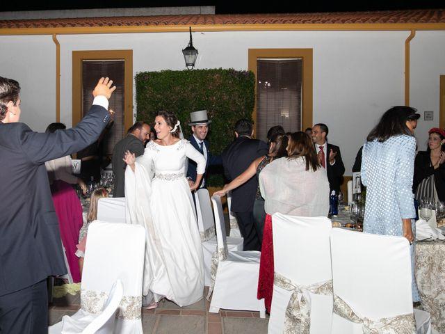 La boda de Mercedes y Jesús en Villafranca De Los Barros, Badajoz 63