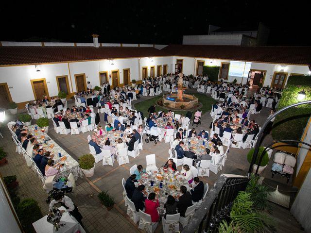 La boda de Mercedes y Jesús en Villafranca De Los Barros, Badajoz 68