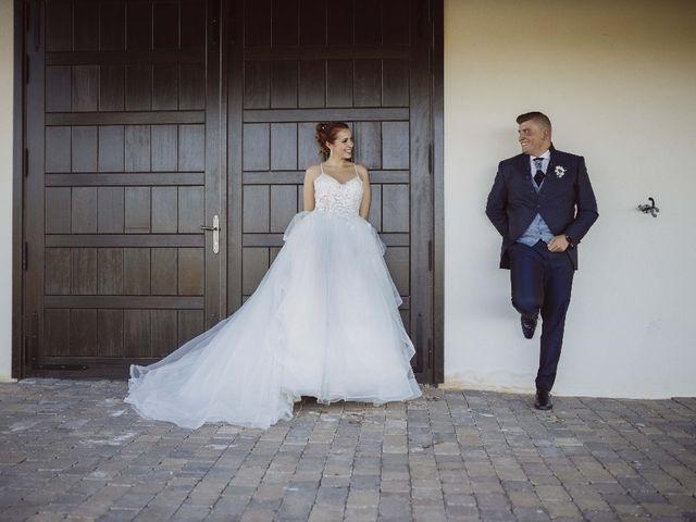 La boda de Cristian  y Merce en León, León 16