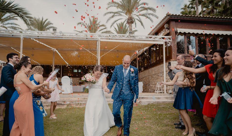 La boda de Ángel y Angélica en Urbanización Montiboli, Alicante