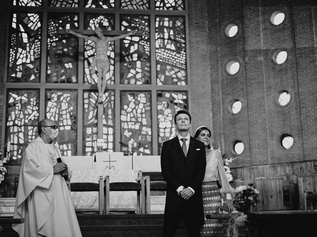 La boda de Quique y Beatriz en Castillo De Viñuelas, Madrid 20