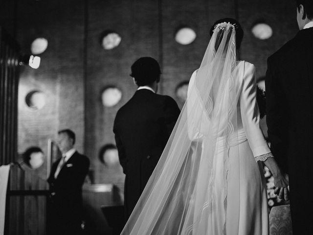 La boda de Quique y Beatriz en Castillo De Viñuelas, Madrid 23