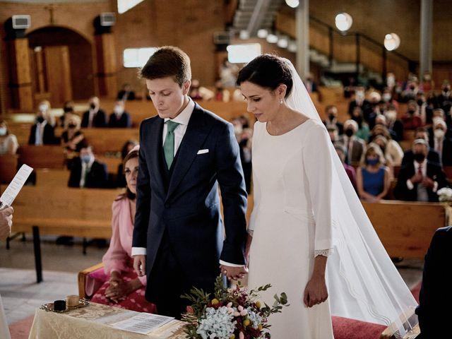 La boda de Quique y Beatriz en Castillo De Viñuelas, Madrid 25