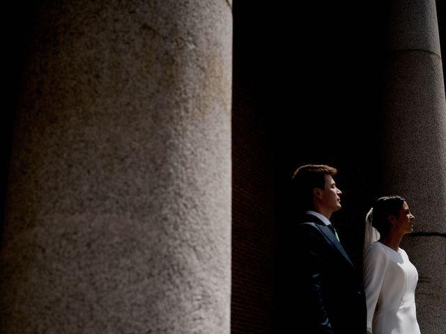 La boda de Quique y Beatriz en Castillo De Viñuelas, Madrid 35