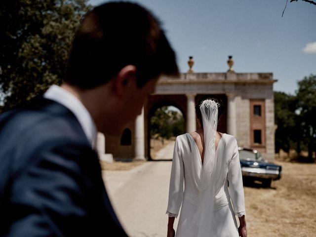 La boda de Quique y Beatriz en Castillo De Viñuelas, Madrid 36
