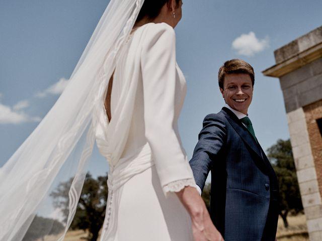 La boda de Quique y Beatriz en Castillo De Viñuelas, Madrid 38