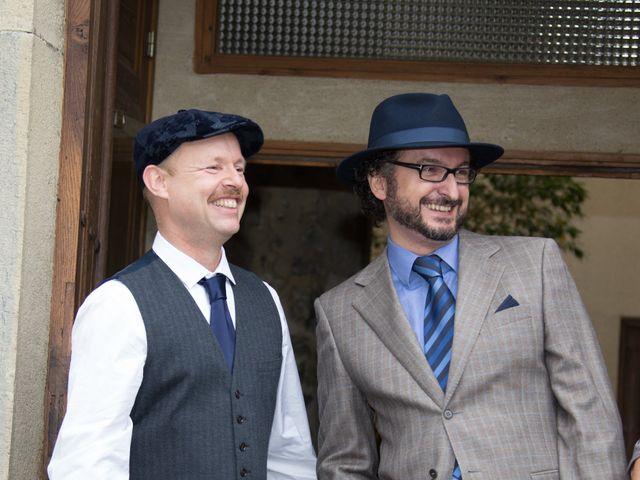 La boda de Carlos y Marc en Pueblo Franciach, Girona 25