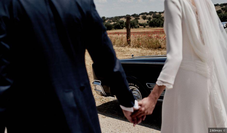 La boda de Quique y Beatriz en Castillo De Viñuelas, Madrid