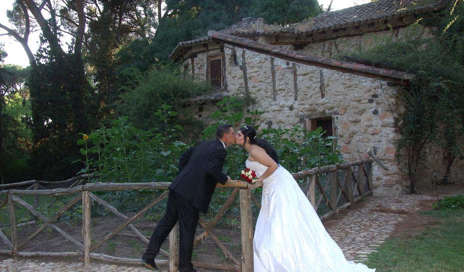 La boda de Laurentiu y Melania en Coslada, Madrid