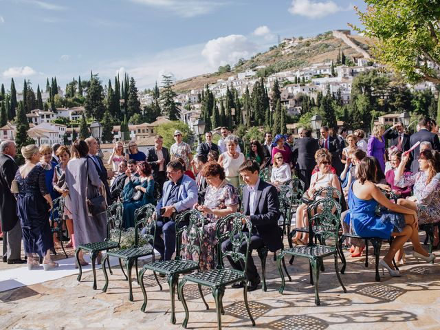La boda de Carlos y Natasha en Granada, Granada 23