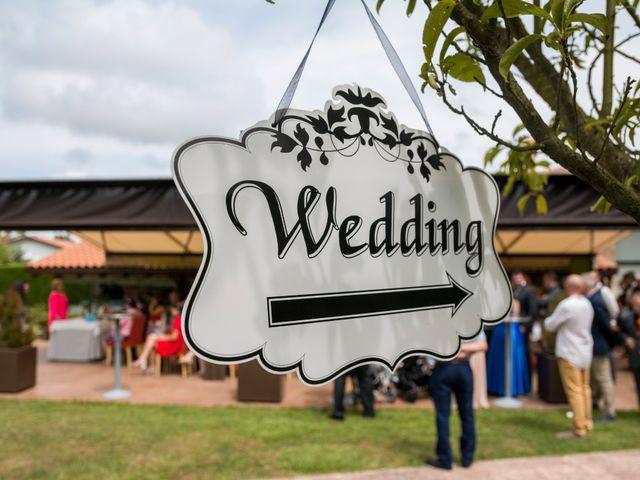 La boda de Miguel y Ely en Sondika, Vizcaya 3