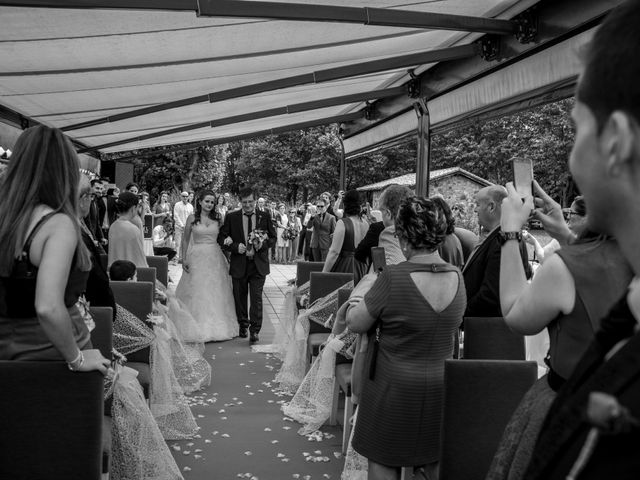 La boda de Miguel y Ely en Sondika, Vizcaya 7