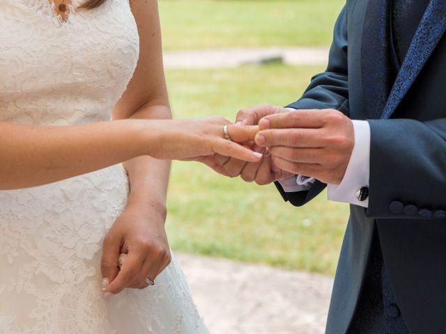 La boda de Miguel y Ely en Sondika, Vizcaya 9