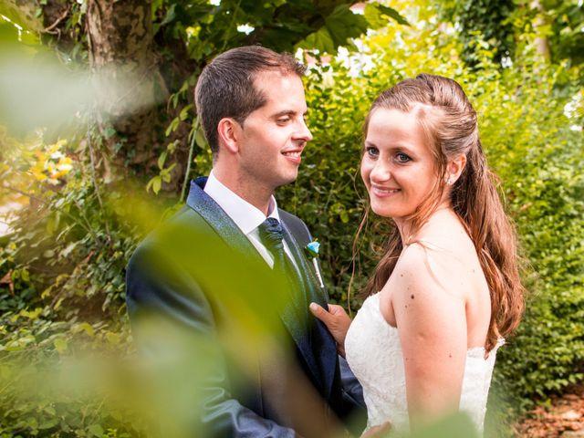 La boda de Miguel y Ely en Sondika, Vizcaya 21
