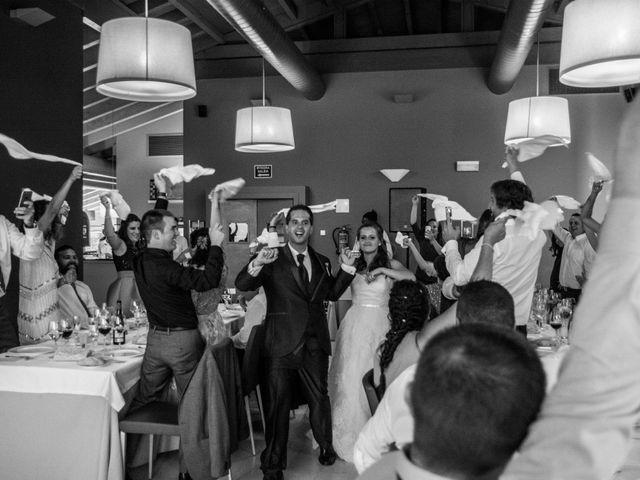 La boda de Miguel y Ely en Sondika, Vizcaya 28