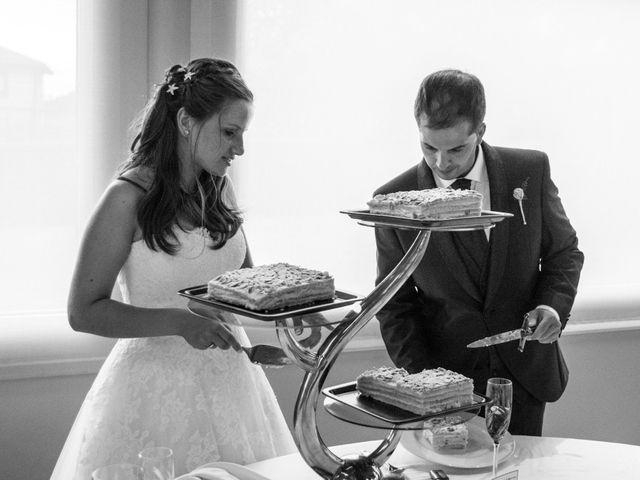 La boda de Miguel y Ely en Sondika, Vizcaya 33