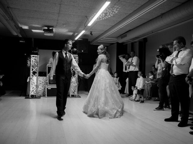La boda de Miguel y Ely en Sondika, Vizcaya 36