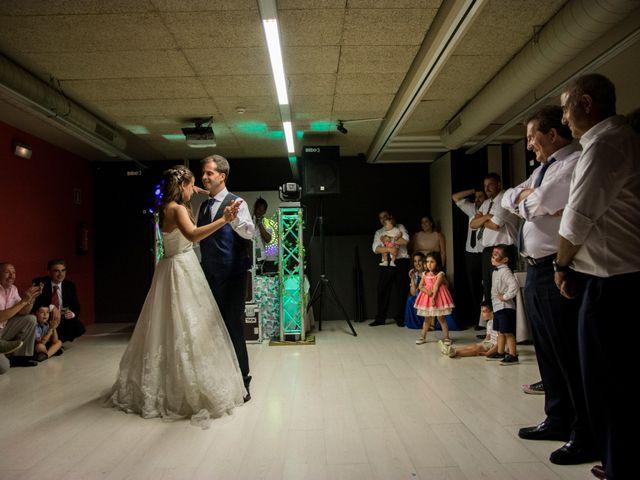 La boda de Miguel y Ely en Sondika, Vizcaya 37