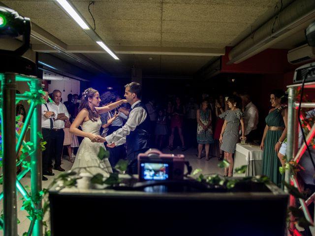 La boda de Miguel y Ely en Sondika, Vizcaya 38