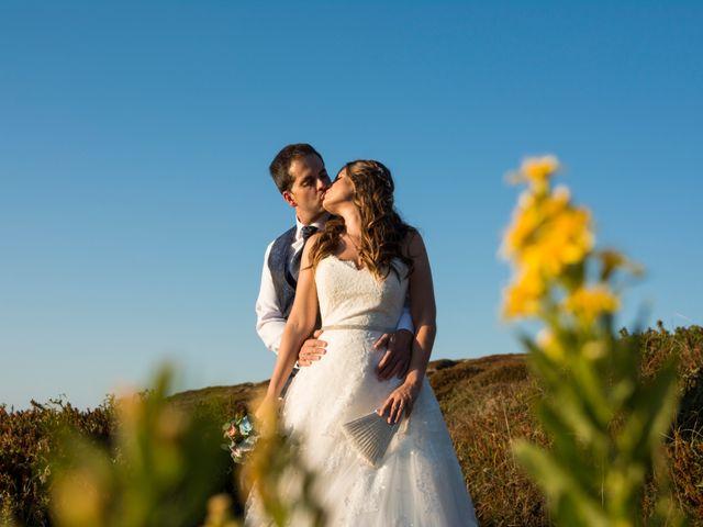 La boda de Miguel y Ely en Sondika, Vizcaya 42
