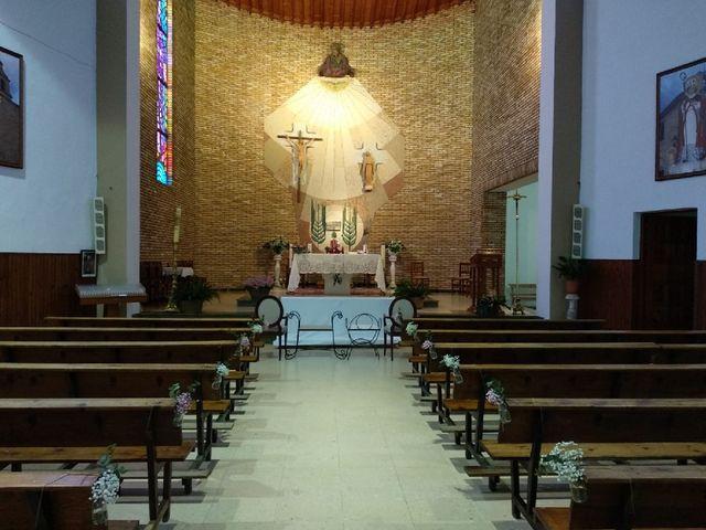 La boda de Ángel y Elena en Casas De Haro, Cuenca 4