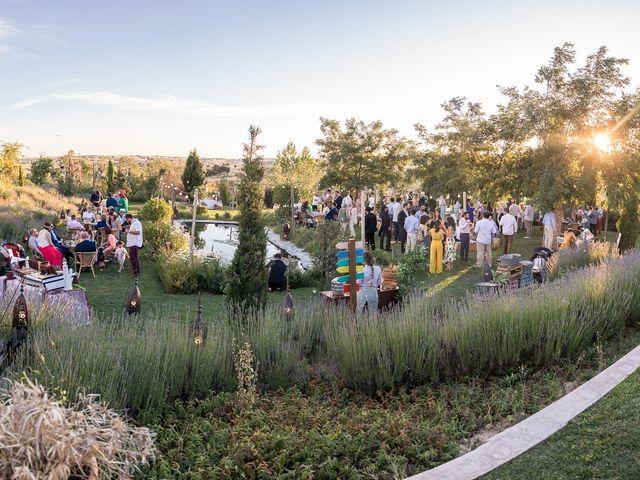 La boda de Javi y Irene en Madrid, Madrid 50