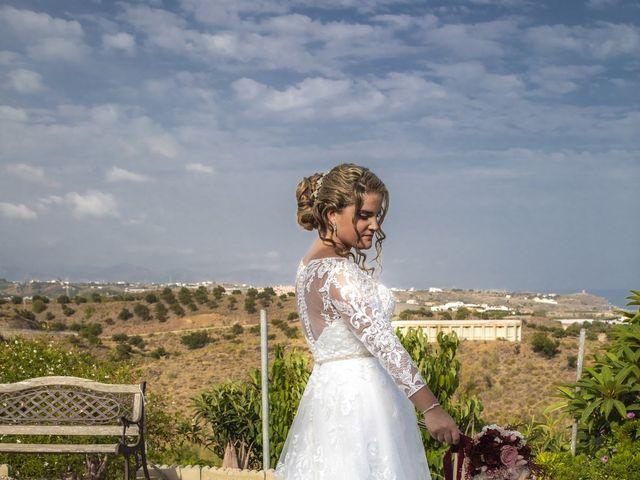 La boda de Alberto y Ester en Benajarafe, Málaga 17