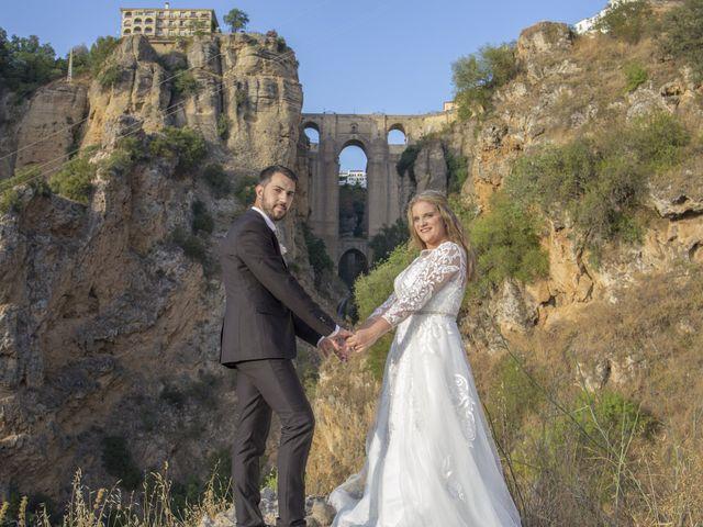 La boda de Alberto y Ester en Benajarafe, Málaga 30