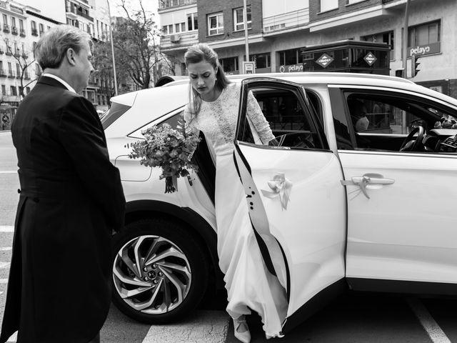 La boda de Nacho y María en Madrid, Madrid 58