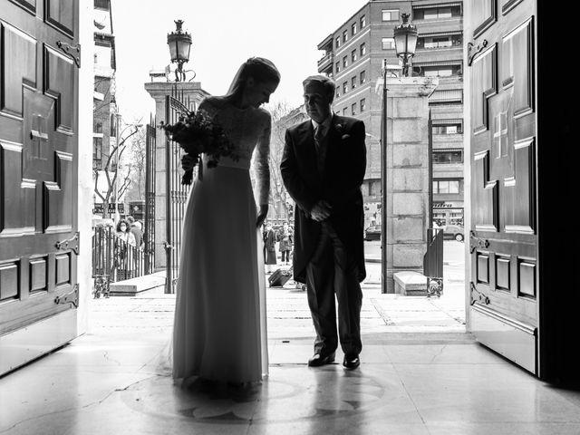 La boda de Nacho y María en Madrid, Madrid 61