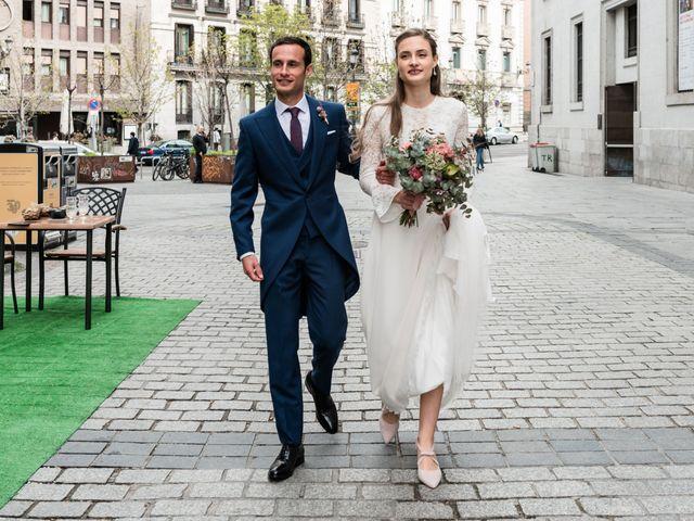 La boda de Nacho y María en Madrid, Madrid 74