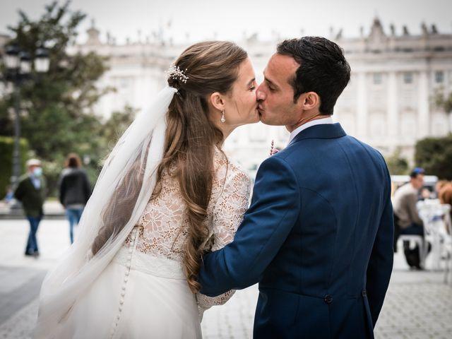 La boda de Nacho y María en Madrid, Madrid 76