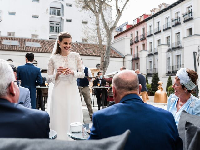 La boda de Nacho y María en Madrid, Madrid 154