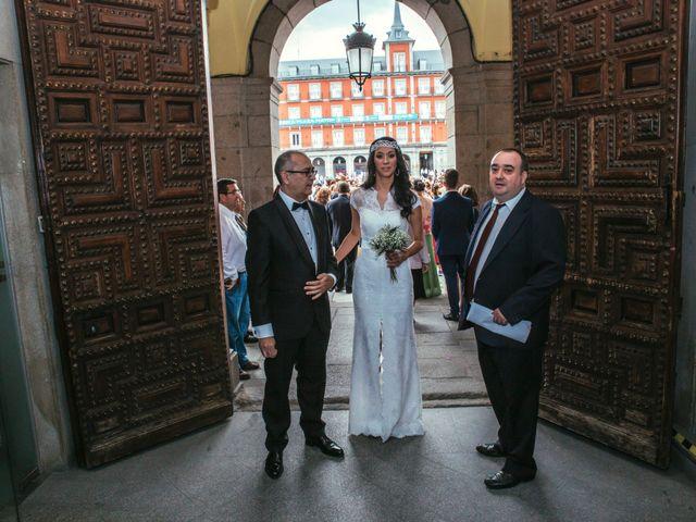 La boda de Ewan y Soledad en Madrid, Madrid 6
