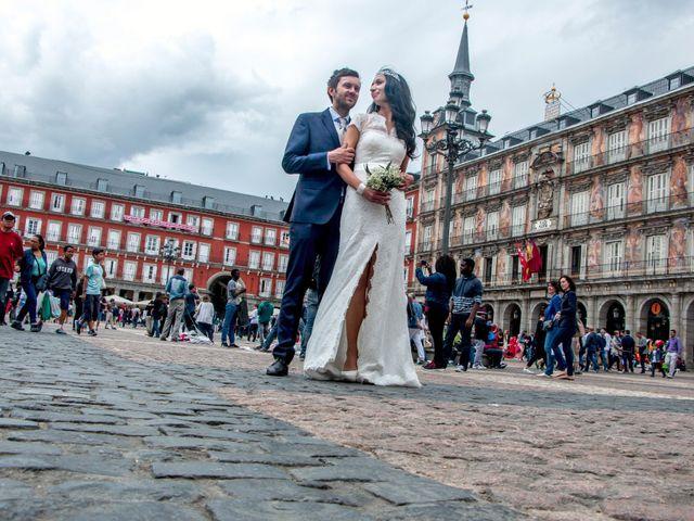 La boda de Ewan y Soledad en Madrid, Madrid 1