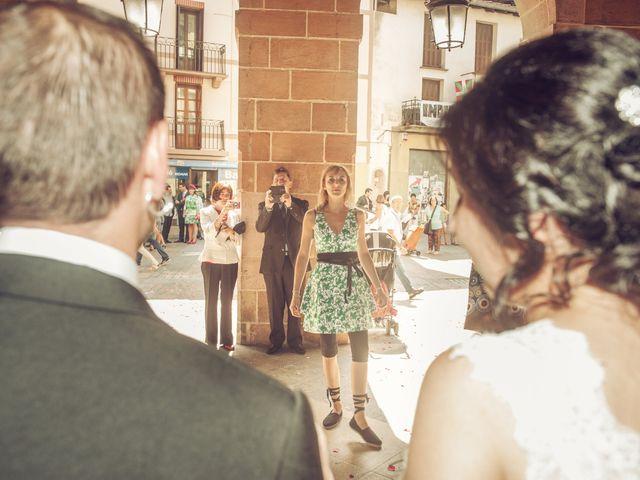 La boda de Pepe y Nagore en Errenteria, Guipúzcoa 19