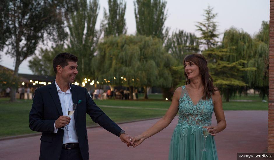 La boda de Raúl y Inma en Bellvis, Lleida